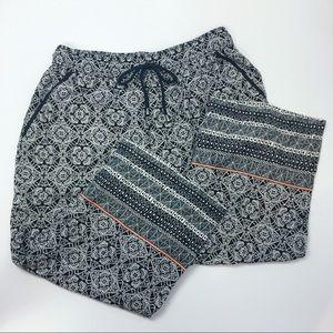 Anthro M hei hei Black White & Print Cropped Pants